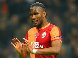 Didier Drogba ( libre ) s'engage avec :