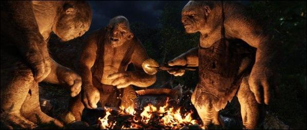 Durant l'aventure, les aventuriers vont se faire capturer par 3 Trolls qui vont décider de les manger ! Heureusement, Gandalf va les sauver. Mais de quelle manière ce dernier s'y prend-t-il ?
