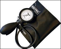 L'hypertension artérielle se définit par :