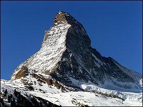 Le Cervin est situé sur la frontière austro-suisse.
