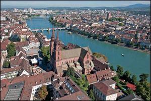 La ville de Bâle est frontalière du Territoire de Belfort, en France.