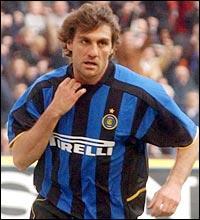 Christian Vieri a été transféré de la Lazio de Rome à l'Inter Milan pour 42, 6 millions d'euros. Dans quels clubs a-t-il joué dans sa carrière, à partir de 2005 ?