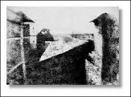 En quelle année fut prise la première photographie ?