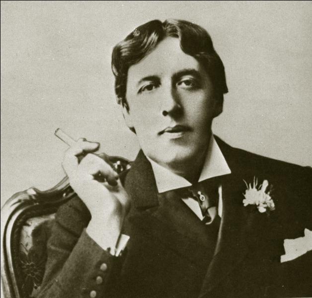 """Mort le 30 novembre 1900, c'est lui qui a écrit """"Le fantôme de Canterville"""", """"Le portrait de Dorian Gray"""" :"""