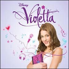 Quel est le nom de l'actrice qui joue le rôle de Violetta ?