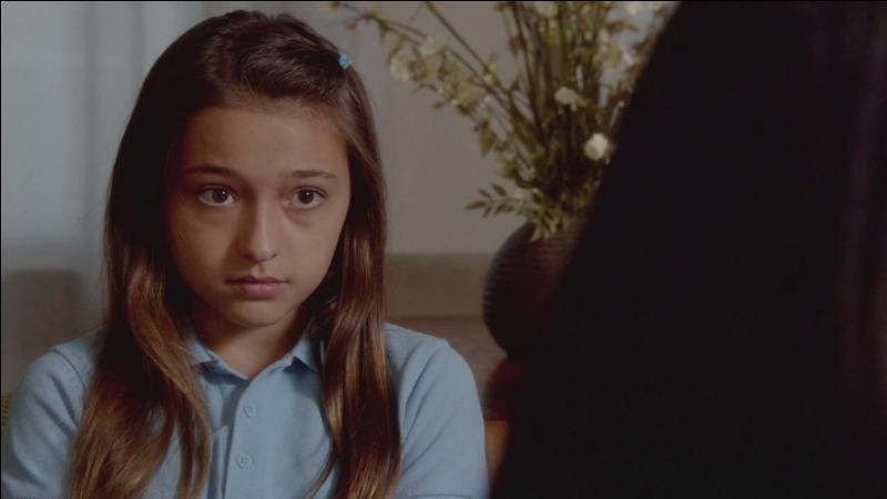 Comment s'appelle cette petite fille ?