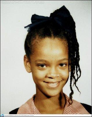 Quel âge a Rihanna sur cette photo ?