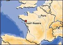 Quelle est l'activité dans laquelle les Chantiers de l'Atlantique à Saint-Nazaire, se sont lancés en 2011 ?