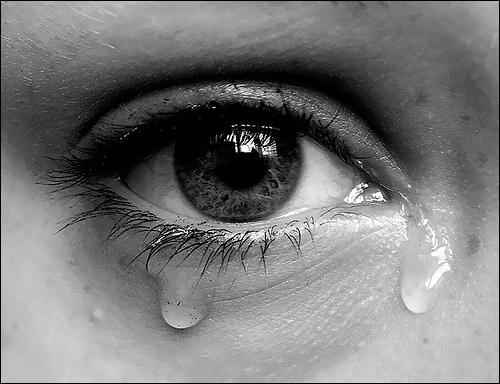 Que vous arrive-t-il lorsque vous 'n'avez plus que vos yeux pour pleurer' ?