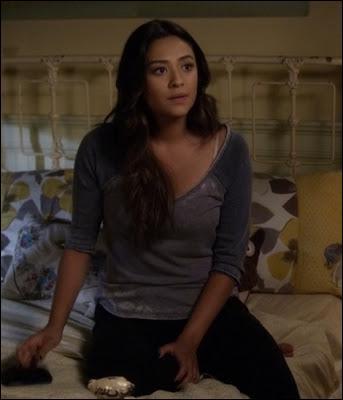 Dans le 100e épisode, qui Emily a-t-elle embrassé ? (Saison 5)