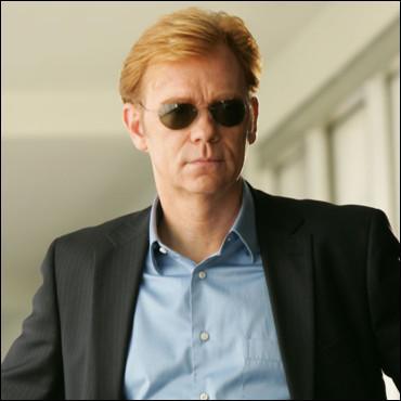 Comment s'appelle cet acteur dans la série ?