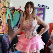 "Dans la saison 3 de ""Violetta"", qui deviendra la demi-soeur de Violetta ?"