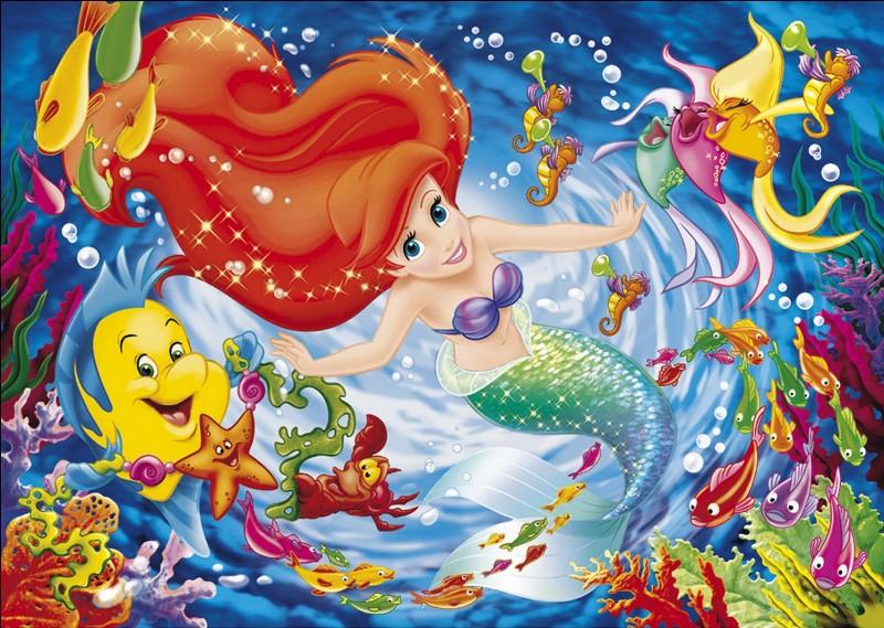 """Au début du film """"La Petite Sirène"""" le roi Triton organise une fête d'anniversaire pour les (...) de sa fille Ariel."""
