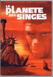 """Qui est l'auteur de """"La Planète des singes"""", l'un des plus fameux romans de science-fiction ?"""