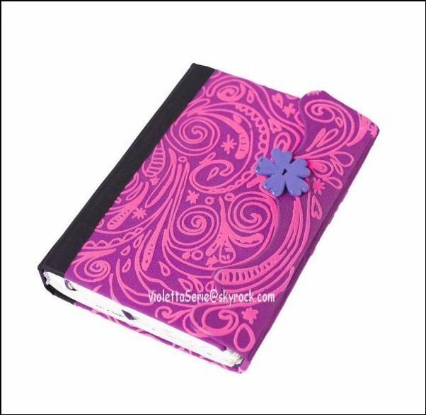 Violetta a-t-elle déjà montré son journal intime à quelqu'un ?