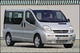 Celui-ci est le Trafic de chez Opel. Quel est son nom ?
