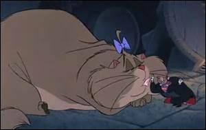Quel est le nom de la petite chatte de Ratigan ?