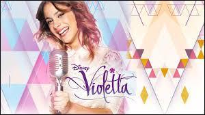 Violetta chante en :