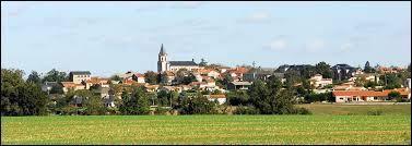 Le village midi-pyrénéen de Valence-d'Albigeois se situe dans le département ...