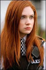 Amy a-t-elle rencontré Rose Tyler ?