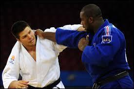 Quelle prise de judo permet de gagner directement le combat ?