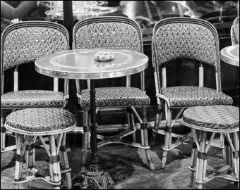 """Qui chantait """"Au café des délices"""" ?"""