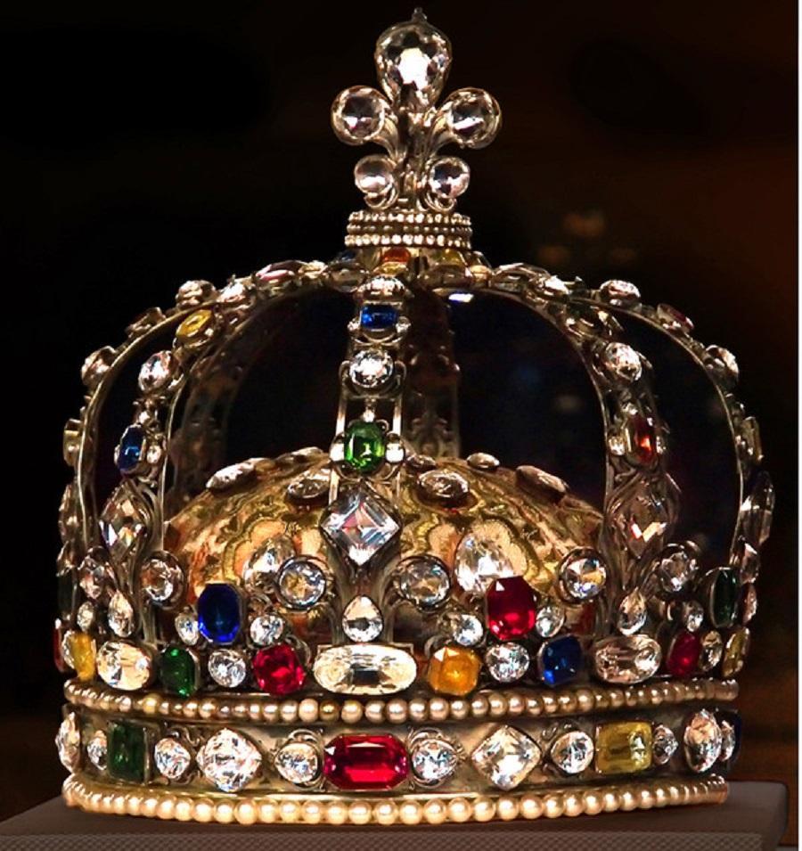 Rois de France (et de Navarre) et couronne de France !