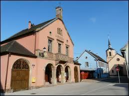 Nous partons maintenant à Hessenheim, village alsacien de l'arrondissement de Sélestat-Erstein. Nous sommes dans le département n° ...