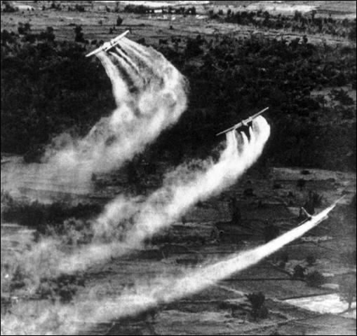 Pendant la guerre du Vietnam, les Américains réalisèrent des opérations nommées « Ranch Hand ». Les Vietnamiens en subissent encore les conséquences. En quoi consistaient-elles ?