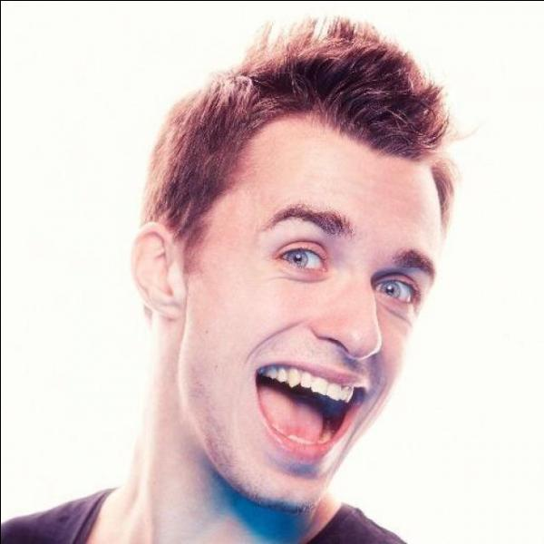 Certaines personnes disent que Squeezie plagie un youtuber américain. Qui est-il ?