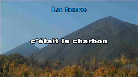 1982. Pierre Bachelet rend hommage aux mineurs du Nord de la France. (Clip)