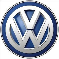 """De quelle marque allemande """"Vorsprung durch Technik"""" (l'avance par la technique) est-il le slogan ?"""