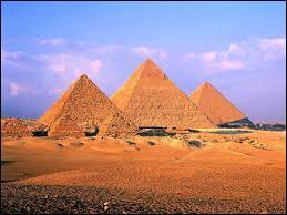 Quelle est la plus grande pyramide de Gizeh située en Egypte ?