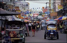 Une question pour départager les gagnants : Bangkok est la capitale de la Thaïlande pour les occidentaux. Quel est le nom de la ville en thaï ?