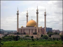 Quelle ville nouvelle est devenue en 1991 la capitale fédérale du Nigeria ?