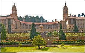 Certains leaders sud-africains souhaitent rebaptiser Pretoria, la capitale administrative du pays. Quel serait son nouveau nom ?