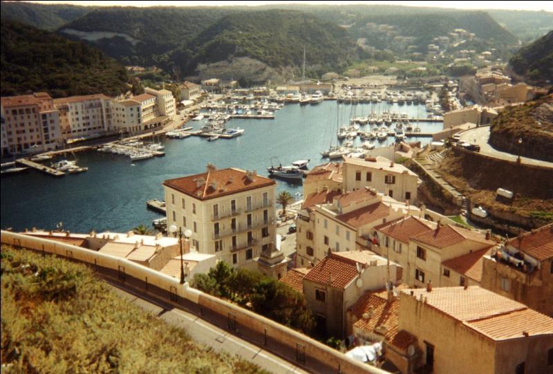 "Corse. Freto ou ""Extrême Sud"". Port !"