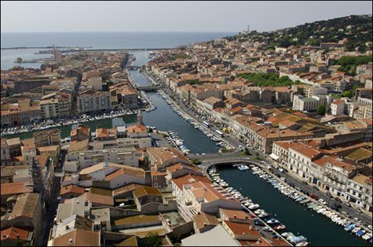 """Hérault.""""La Venise du Languedoc"""". Georges Brassens. La tielle !"""
