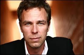 Qui est l'acteur qui joue le rôle de Mr.Argent ?