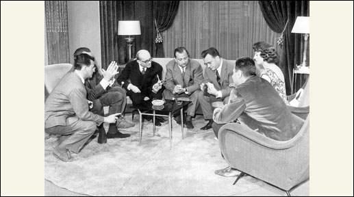 Complétez le titre de cette émission de 1959, Cinq colonnes ...
