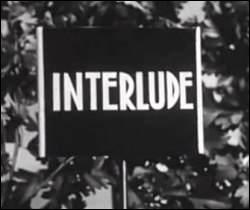 En 1960, à la RTF, qu'est-ce qui figurait sur le petit train lors d'un interlude ?