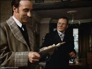 Quel est le nom du docteur du défunt Charles Baskerville ?