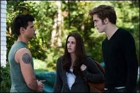 Bella a choisi qui, entre Edward et Jacob ?