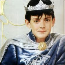 Comment est appelé le roi Edmund ?
