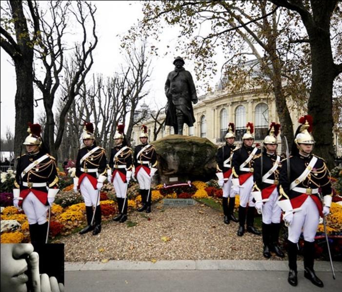 Le 11 novembre 1919, 1e anniversaire de l'armistice marquant la fin de la 1e Guerre mondiale. Il fut institué, pour la 1e fois dans en France, un « événement » symbolique pour marquer le souvenir de cette guerre. Maintenant, il est couramment utilisé, hélas. Que s'est-il passé ?