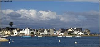Nous partons visiter la ville bretonne de Loctudy. Nous nous rendons dans le département ...
