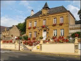 Le village champardennais de Vrigne-aux-Bois se situe dans le département n° ..