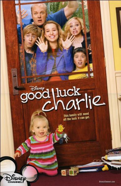 """Dans """"Bonne chance Charlie"""", qui est l'aîné ?"""