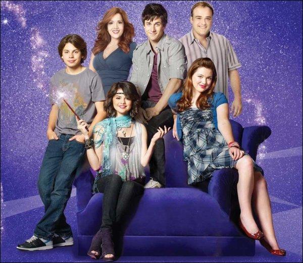 """Dans """"Les Sorciers de Waverly Place"""", qui joue Alex ?"""