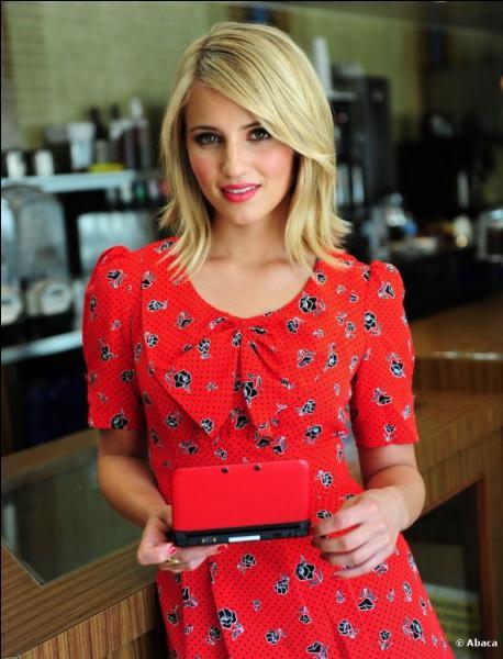 Très connue pour son rôle dans Glee, cette jeune actrice est très célèbre. Qui est-ce ?